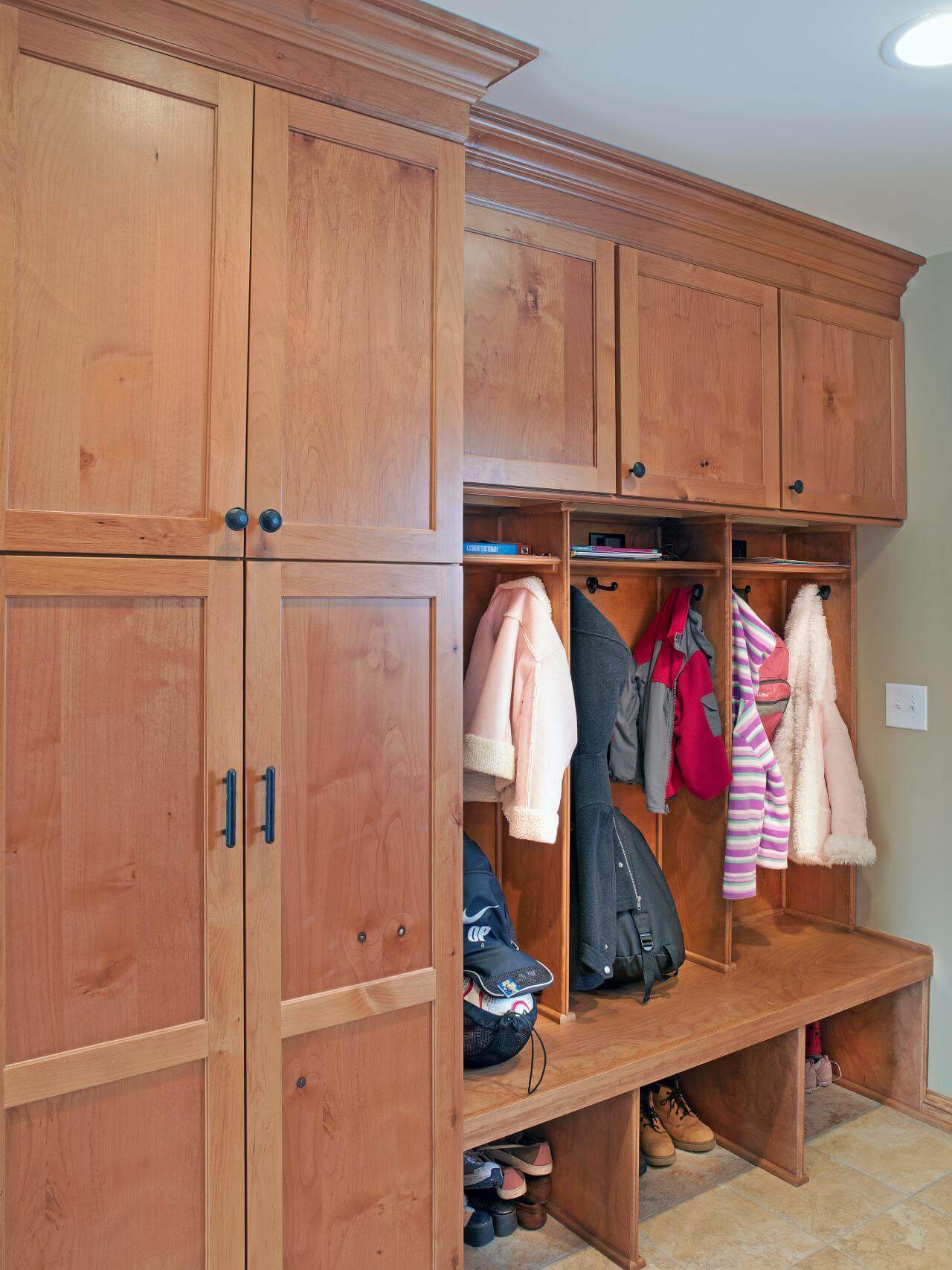 Mudroom closet organization ideas
