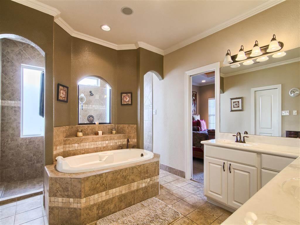 Bathrooms Walk in Showers