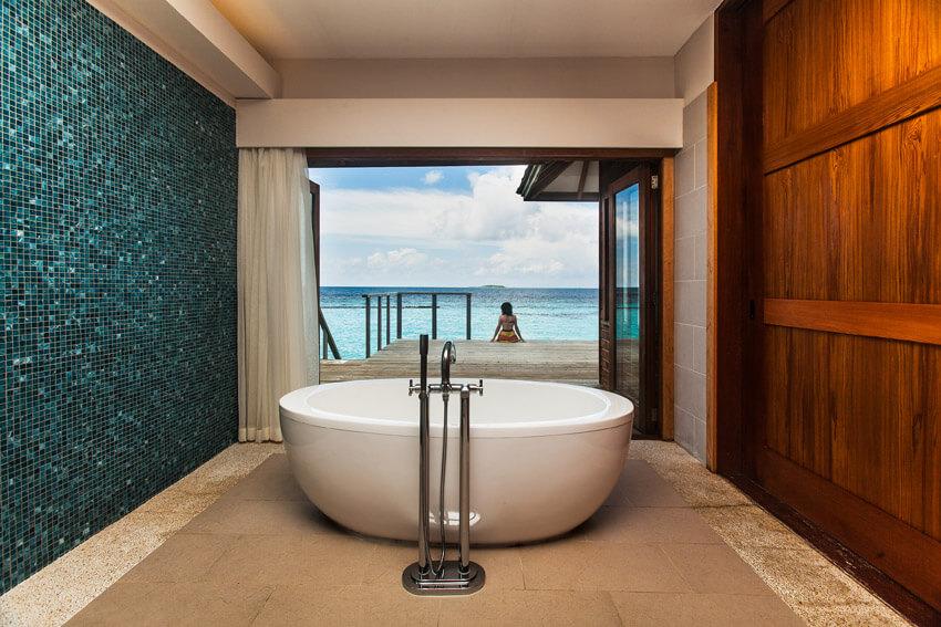 amazing oceanview bathtub