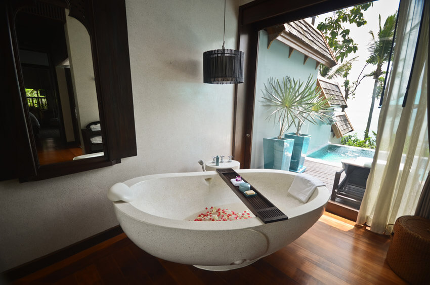 luxury bathroom suite at expensive tropical resort