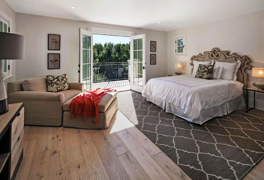 . 23  Beautiful Bedrooms with Wood Floors  Pictures   Benefits and