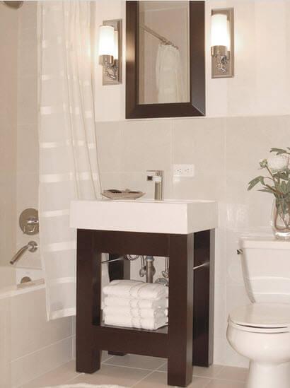 A small elegant bathroom