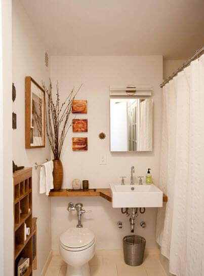 Bathroom design that takes advantage of open spaces