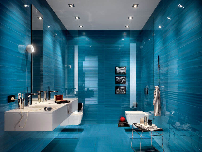 Bathroom design with blue ceramics