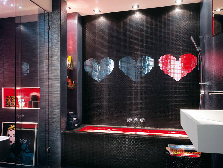 Black ceramic for bathroom design