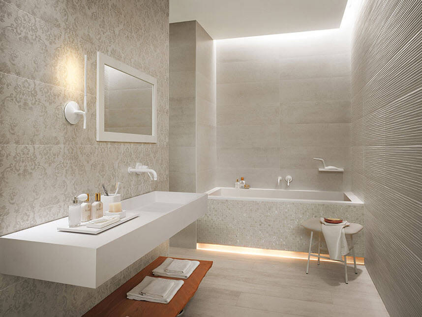 Ceramic bathroom with wallpaper design
