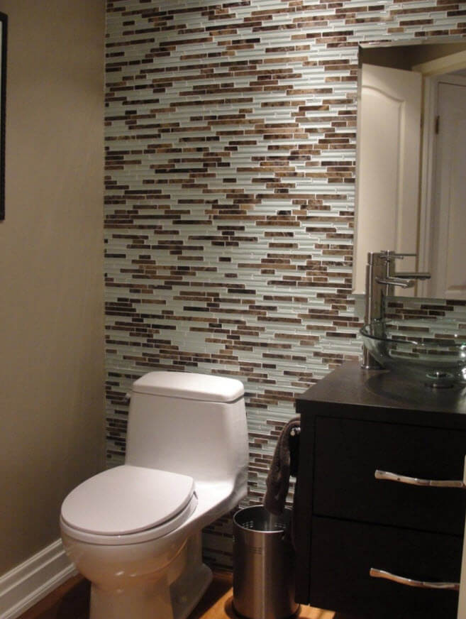 Modern bathroom with small ceramic walls
