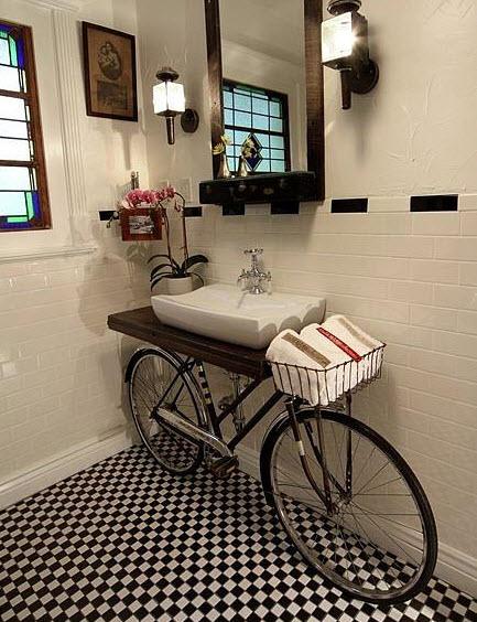 Original bathroom with bicycle base design