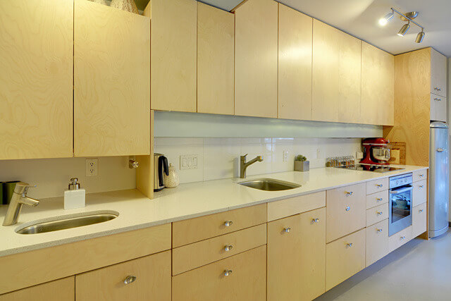 Small and economical apartment kitchen design