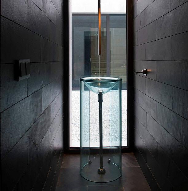 Washbasin design for transparent bathroom