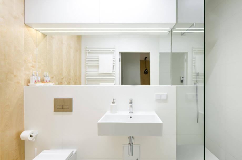 bathroom modern minimalist with white sanitaryware design