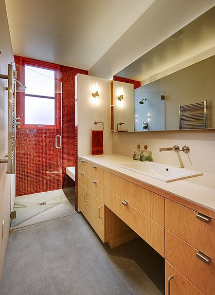 bathroom with contrast colors design