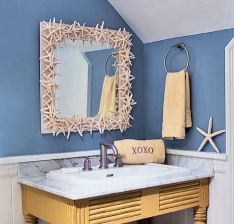 bathroom with mirror of stars decor
