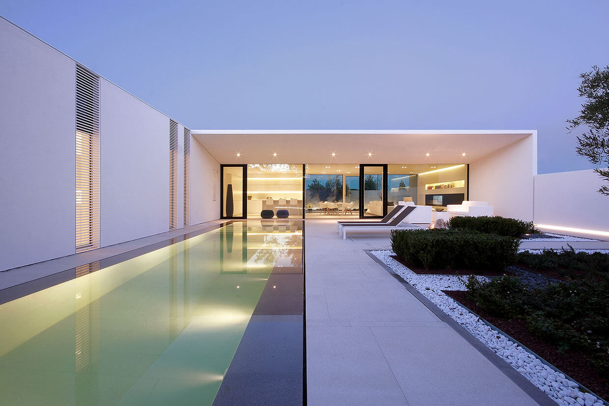 Modern house with one story design with pool