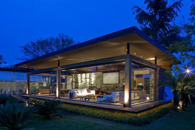 Small plan House facade