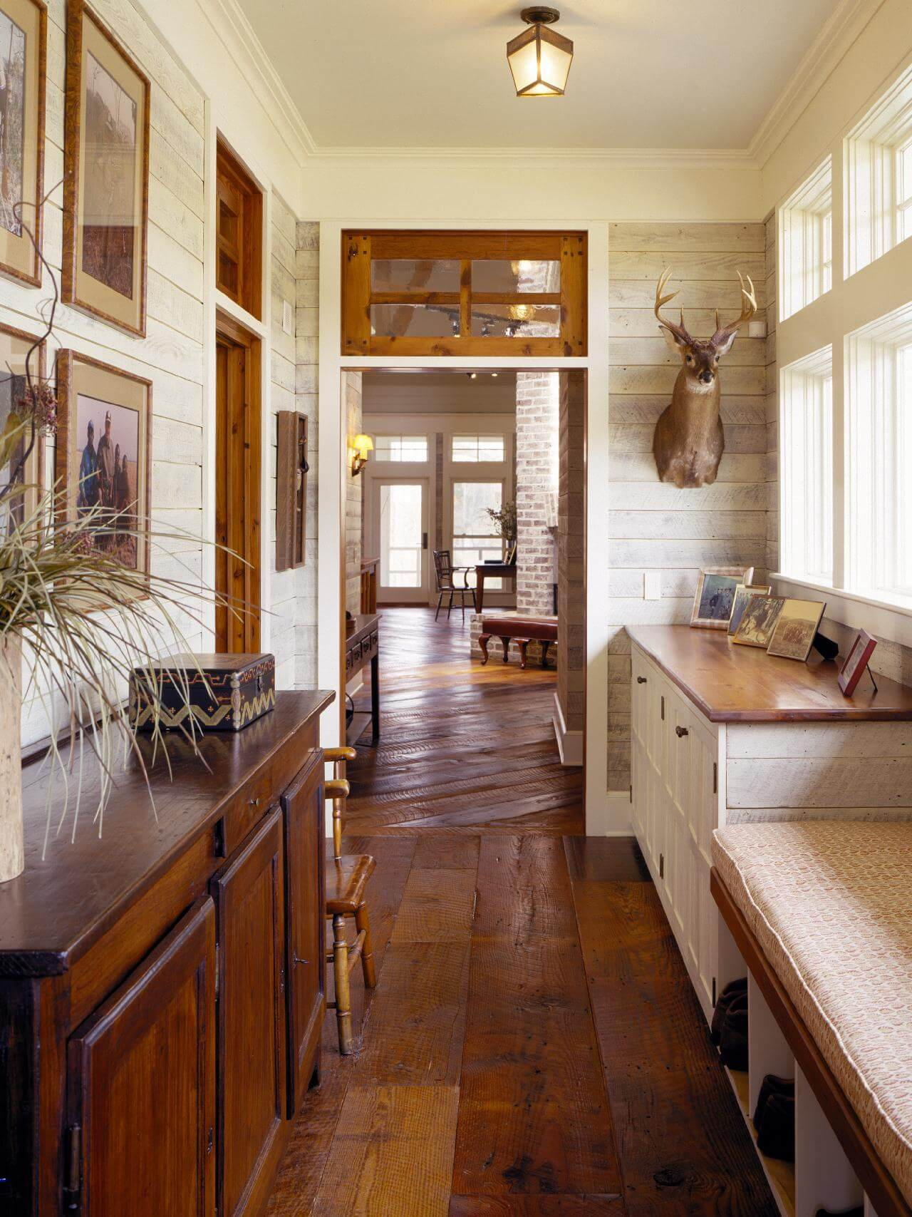 Country house plans with mudroom