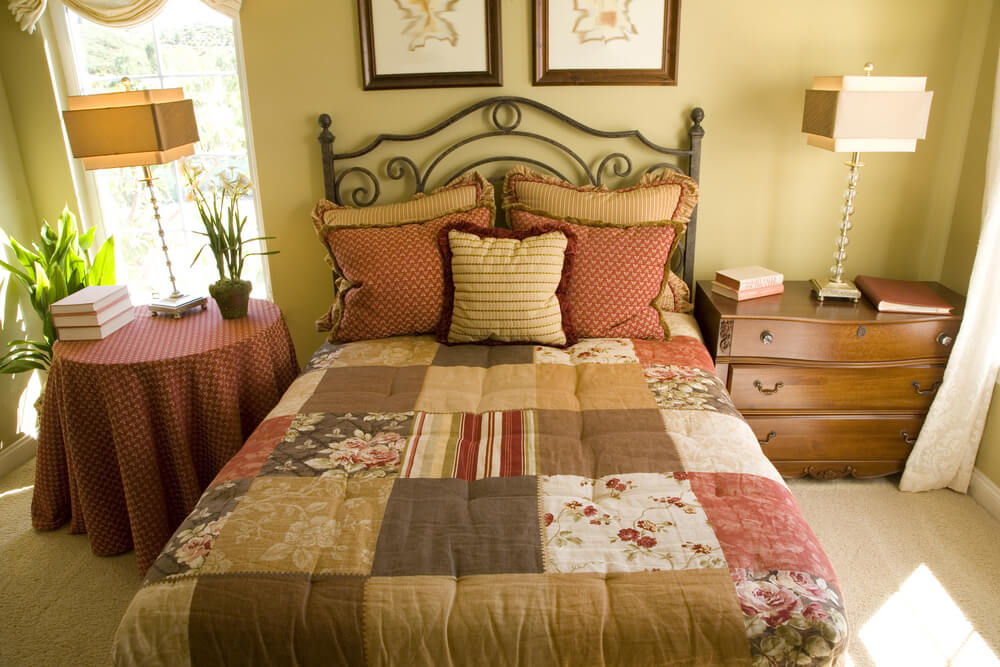 Luxury decorating ideas for bedrooms pictures