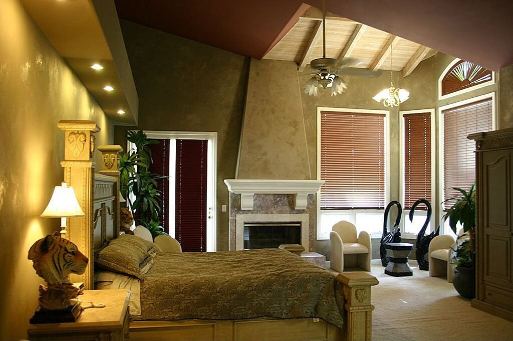Master bedroom ideas with wallpaper accent wall bedroom