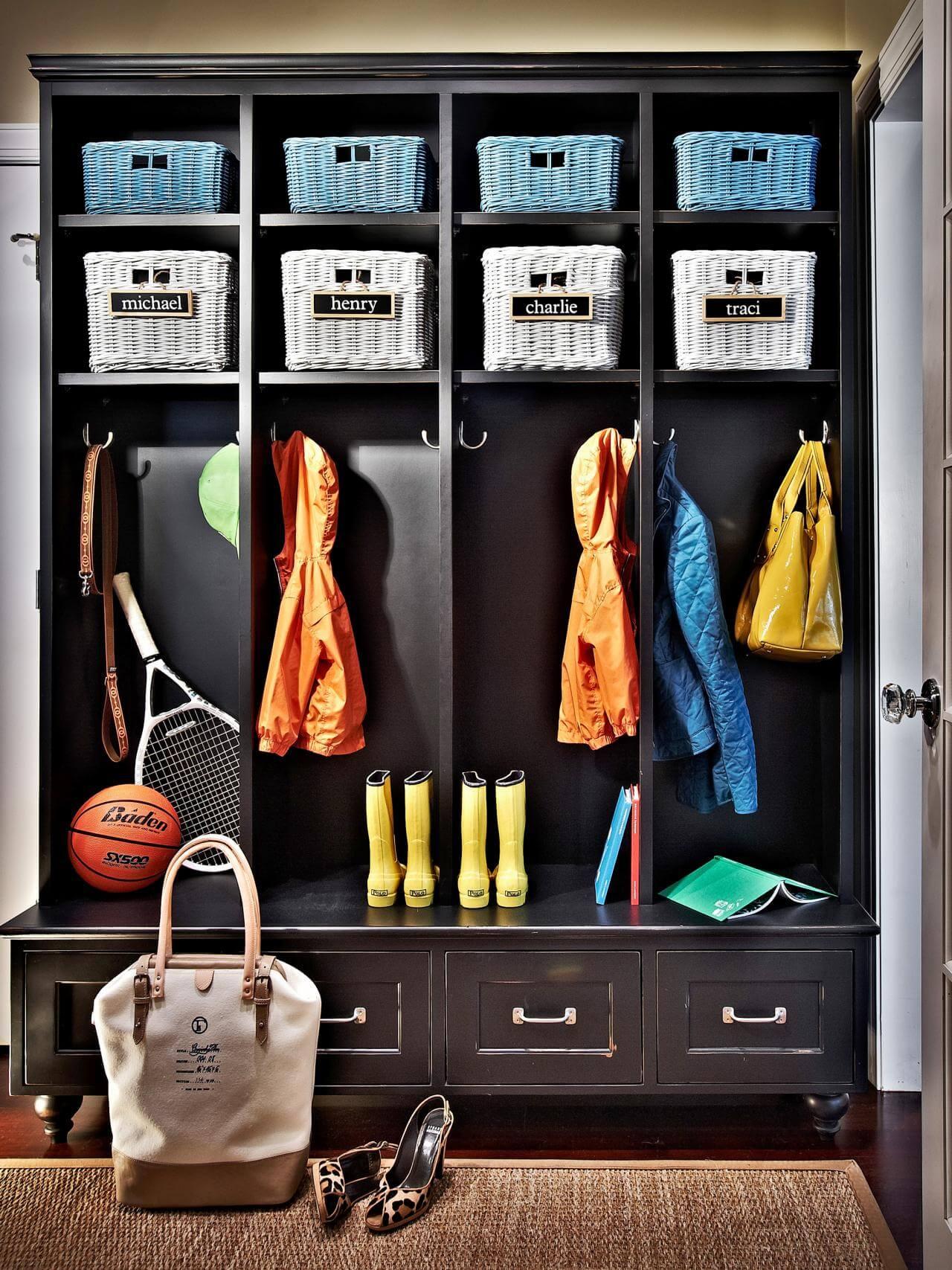 Woodworking plans mudroom lockers