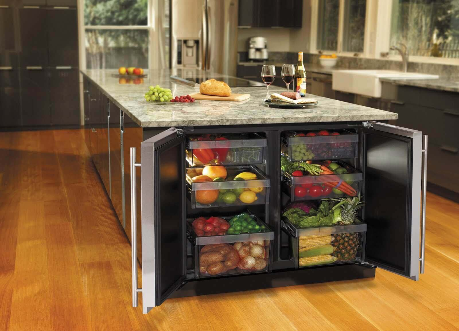 This elegant kitchen island with fridge includes a granite countertop, double range–top, a beverage center, and a dual door fridge. Aluminium base gives it a more modern, luxurious look