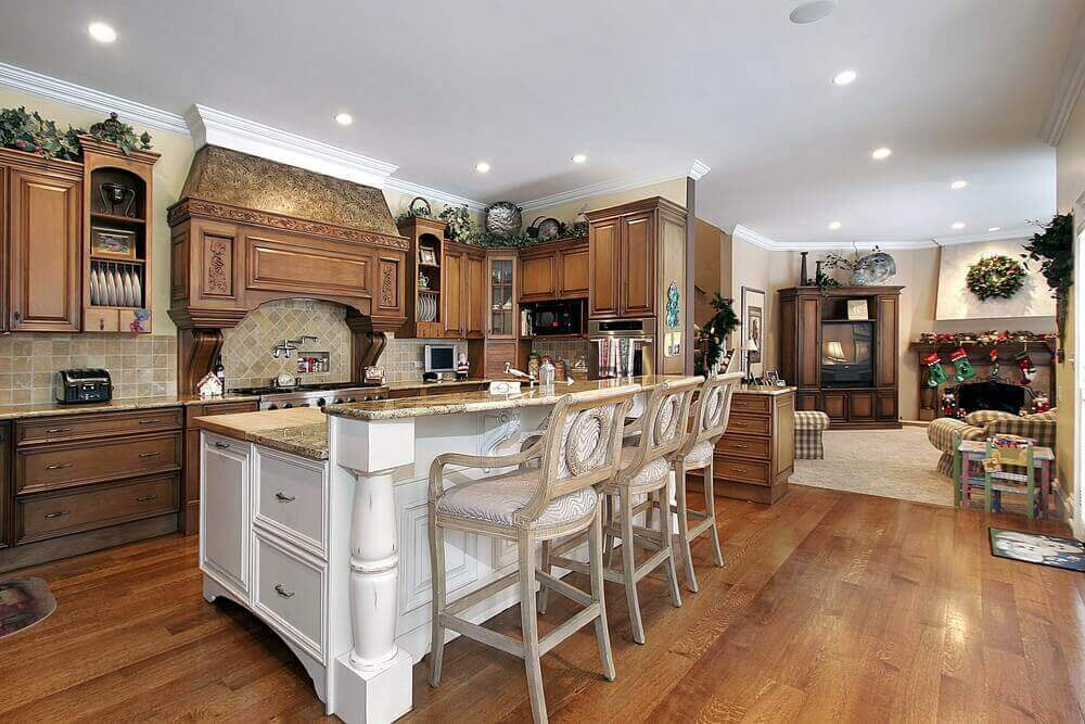 Hardwood Tone Is A Very Popular Choice When It Comes To Luxury Elegant  Kitchen Designs.