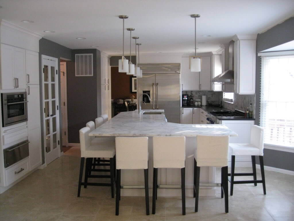 Modern LShaped Kitchen Designs with Island