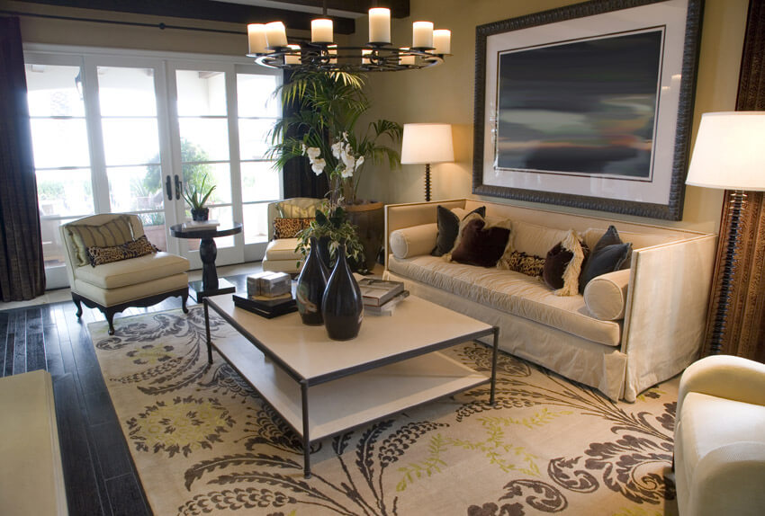 Beautiful Living Room Fully Decorated