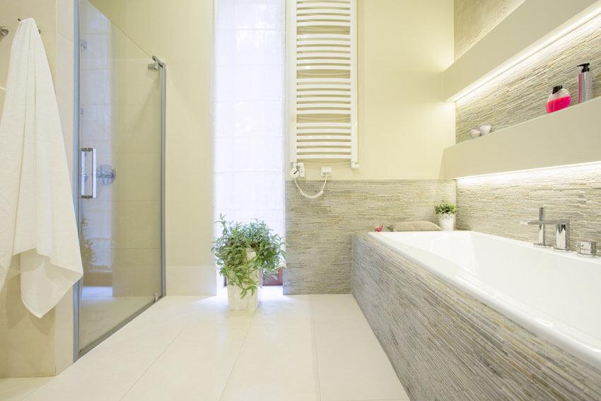 clean and bright bathroom design