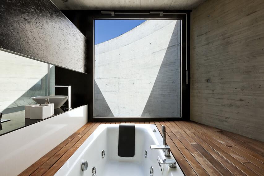 Luxury bath in modern cement house