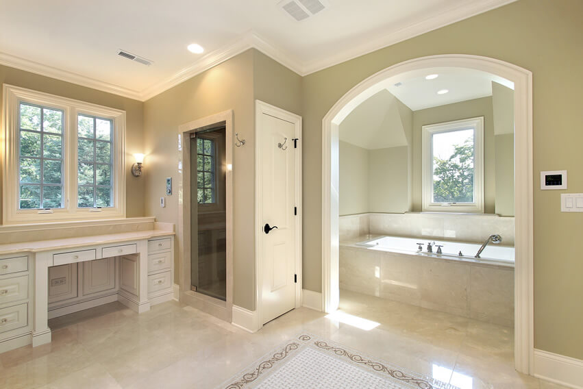 Master bath separate room for tub