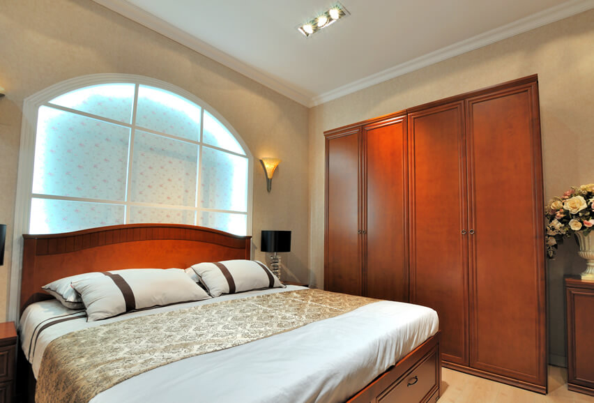 tall double bedroom wardrobe