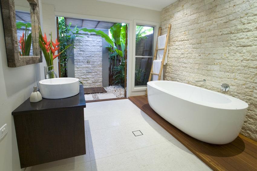 tropical setting bathroom design