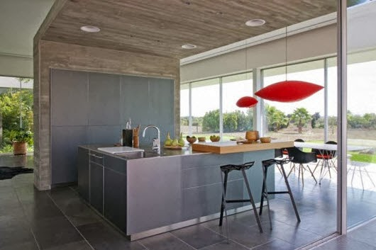 Kitchen bar with a simple design